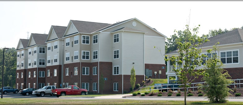 Virginia Multifamily Contractor - Pinnacle Construction: The Landings at Weyers Cave