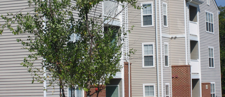 Multifamily Buildling Contracor - Pinnacle Construction - Poplar Forest Apartments, Farmville, Virginia